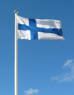 252px-Suomen_lippu_valokuva