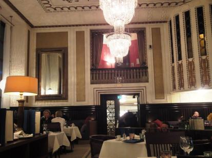 Le Havre dining room