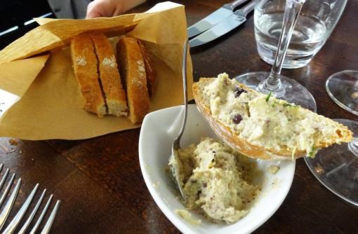Muru bread