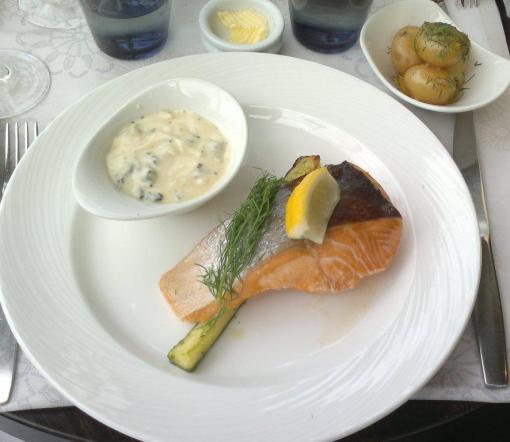 Salmon at Kappeli - reijosfood.com