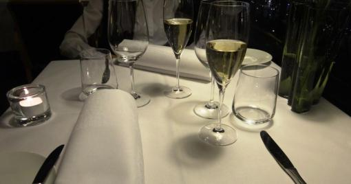 Champagne at Savoy - reijosfood.com