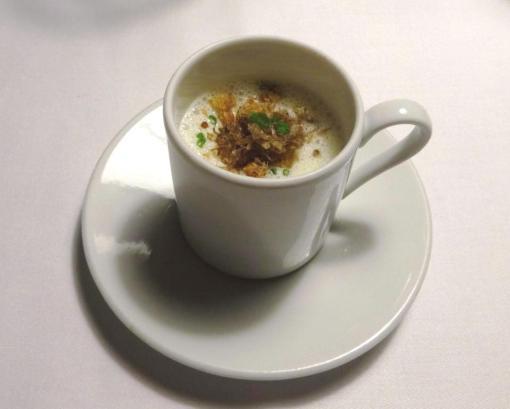 White bean soup at Savoy - reijosfood.com