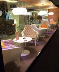 Chairs at Stockmann - reijosfood.com