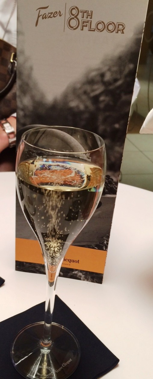 Veuve Clicquot glass at F8 - reijosfood.com