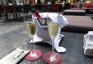 Cava at El Cafe del Bolsa - reijosfood.com