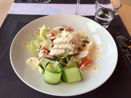 Fish salad at Blue Peter - reijosfood.com