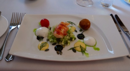 Lobster starter at Pöllöwaari - reijosfood.com