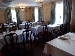 Pöllöwaari dining room - reijosfood.com