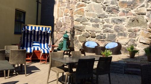 Hotel Regatta patio terrace - reijosfood.com