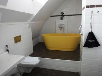 Regatta bathroom - reijosfood.com