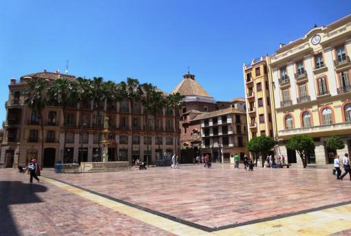 Plaza Constitucion in Malaga - reijosfood.com