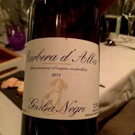 Red wine at Ragu - reijosfood.com