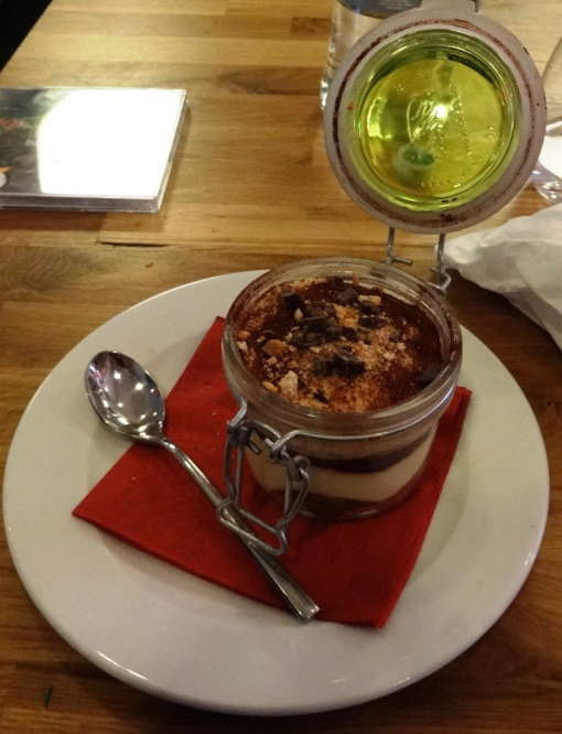 Tiramisu at Pjazza  - reijosfood.com
